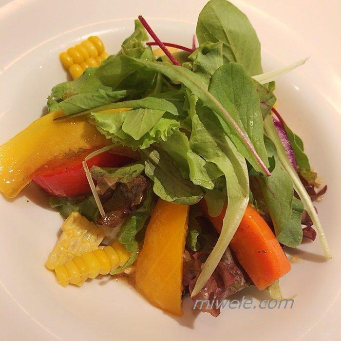 にき亭の前菜サラダ